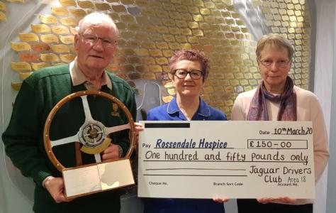 picture of Maurice Hugo & his wife donating £150